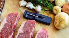 The MeatStick is de eerste slimme, draadlooze vleesthermometer dat zo eenvoudig werkt via de telefoon. In 3 stappen heb je een perfect gegaard gerecht op tafel staan. Plaats de thermometer in je favoriete stuk vlees, stel de klok in via de app op je telefoon en wachten maar tot je vlees ready to eat is! Dankzij de vleesthermometers van The MeatStick is het bereiden van een stukje vlees nog nooit zo eenvoudig geweest. Steak, Mini, Food, Essen, Steaks, Meals, Yemek, Eten