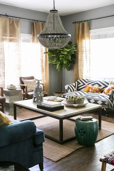 Paige Morse's old bungalow: high ceilings, chandelier, oversized furniture, lots of seating in the living room. Home Living Room, Living Room Designs, Living Room Decor, Living Spaces, Small Living, Modern Living, Cozy Living, Apartment Living, Living Room Inspiration