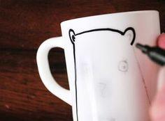 clever way to transfer a design onto a mug