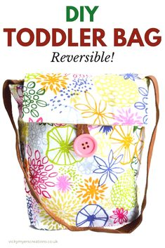 Free toddler bag pattern – free children's bag pattern · vicky myers creations Do you love sewing for toddlers as much as I? Grab this free toddler bag pattern and sew up a few little girls gifts Bag Pattern Free, Bag Patterns To Sew, Sewing Patterns Free, Messenger Bag Patterns, Pattern Sewing, Pants Pattern, Clothes Patterns, Dress Patterns, Easy Sewing Projects
