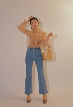 New fashion trends and outfits for teens and young women in spring and summer 2019 Kpop Fashion Outfits, Fashion Now, Ulzzang Fashion, New Fashion Trends, Korea Fashion, Asian Fashion, Daily Fashion, Fashion Looks, Classy Outfits