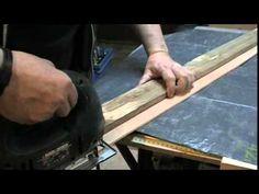 Comment couper droit à la scie sauteuse / circulaire  ?? - YouTube