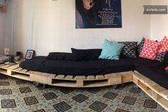 Self made sofa in our living room!  Zelf gemaakte zetels in de zitkamer!