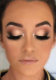 Wedding Eye Makeup, Wedding Makeup For Brown Eyes, Natural Wedding Makeup, Wedding Makeup Looks, Bridal Hair And Makeup, Natural Makeup, Winter Wedding Makeup, Natural Lips, Prom Makeup