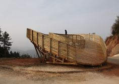Looping wooden viewing platform in China built by students in six days