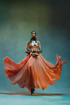 Mandla (Zulu: power, strength) is a blog about style, its power (impact, reach & diversity) & the individuals that wear it well. (Photo via lipstickalley.com)