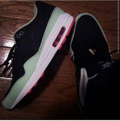 7315628e3cda8 11 Best Sneakers images