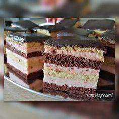 Méteres kalács kocka formában   Betty hobbi konyhája Hungarian Recipes, Winter Food, Coffee Cake, Vanilla Cake, Bakery, Cheesecake, Food And Drink, Sweets, Snacks