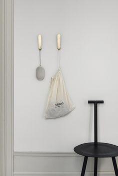 Trendy home ideas scandinavian chairs Scandinavian Pillows, Scandinavian Home, Home Interior, Interior Styling, Nordic Interior, Interior Accessories, Decor Room, Bedroom Decor, Modern Hallway