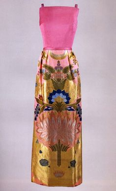 Joan Morse for Jackie Kenndy, 1962. Silk organza and velvet, hot pink bodice, skirt made from fabric given to Jackie by King Saud of Saudi Arabia.