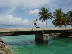 https://flic.kr/p/jdYY6 | The sweetest swimming spot in Kiribati
