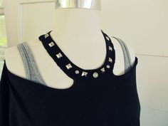 Need a quick top for Spring.?   Here is a super easy no sew halter.   My husband thought that it needed something else,   so I decided t...