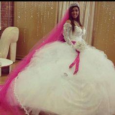 Gipsy Wedding, Big Fat Gypsy Wedding, Bella Wedding, Ball Dresses, Ball Gowns, Formal Dresses, Romanichal Gypsy, Bridal Gowns, Wedding Gowns