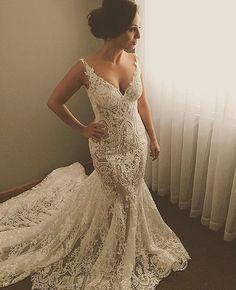 ALL L A C E everything @georgeelsissa ❤️ #weddinghour #dressesafterdark #bridetobe #bridezilla #weddingday #wedding #weddings #bride #bride2be #bridalblogger #allthingsbridal #gettingmarried #bridal #style #fashion #events #weddingplanner #love #veil #bridalmakeup #dubai #follow #wbyt #weddingsbyyourstruly #weddings #sydney #wedding #instawedding #weddingdress #dreamwedding4u #inspiremeweddings #bridebusiness #weddingday #events