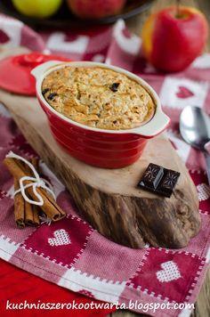 Kuchnia szeroko otwarta: Owsianka zapiekana z jabłkami i czekoladą Guacamole, Hummus, Easy Meals, Easy Recipes, Breakfast Recipes, Bread, Ethnic Recipes, Food, Rolled Oats