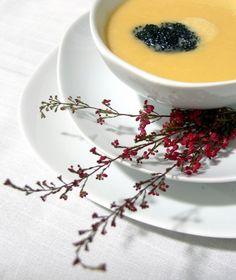 La crema de puerros y calabaza es una receta con la que afrontar la llegada del otoño.