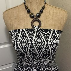 ❗️SALE❗️NWOT Black and White Tribal Maxi Dress New, never worn without tags. Size Large. ❗️PRICE FIRM UNLESS BUNDLED❗️ Magic Dresses Maxi