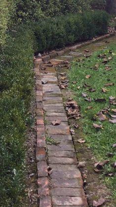 Brick Path, Brick Garden, Brick Edging, Garden Edging, Garden Paths, Border Garden, Garden Cottage, Garden Bed, Diy Garden