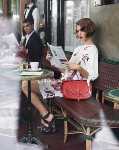 Arizona Muse reading a newspaper, Paris, Muse hits the streets of Paris for the Cruise 2012 catalogue from Louis Vuitton. Captured by Mark Segal, Muse is a girl in Paris in the springtime,. Looks Street Style, Looks Style, My Style, French Style, French Chic, Cafe Style, French Bistro, European Style, Parisienne Chic