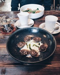 Пельмени - это настоящая холостяцкая еда я считаю. #pelmeni #hamletandjacks #foodfetish by korolevsasha
