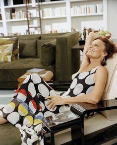 Diane von Furstenberg - I want her dress!!