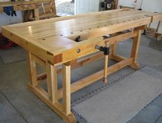 Cabinet Makers Bench  NICE ONE TO BUILD, NEEDS BOTTOM STOAGE.