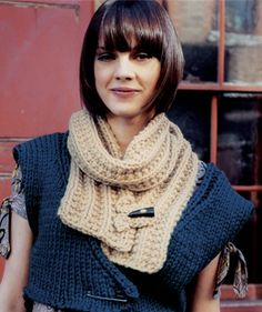 Big Wool Scarf--link for PDF of pattern in post. Easy stitch to adapt.