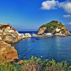#traveltuesday the breathless beauty of the #Ischia island in the Gulf of #Naples #italy