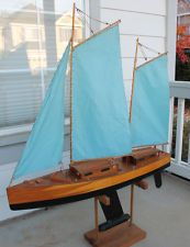 ANTIQUE Vintage Toy Wooden Wood Model Pond Yacht Sail Boat Ship