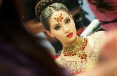 bridal beauty inspiration red lips wedding makeup Indian bride - Wedding Makeup How Indian Bridal Makeup, Bridal Hair And Makeup, Bridal Beauty, Wedding Makeup, Hair Makeup, Makeup Lips, Pakistani Makeup Looks, Red Lips Wedding, Hair Design For Wedding