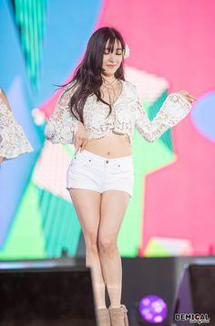 Tiffany Music Core 150207 p