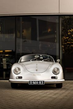 Porsche 356....Uptown New York or Beachside Malibu....this is a classic!