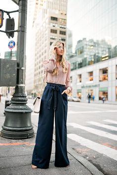 Vista o Look Jeans Palazzo, Mismatch Day, Diana, Under Armour, Outfit Elegantes, Winter Outfits, Summer Outfits, Casual Looks, Trendy Outfits