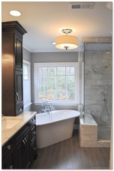 60 Beautiful Urban Farmhouse Master Bathroom Remodel 14