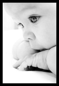 byn, los ojos del bebé, la luz