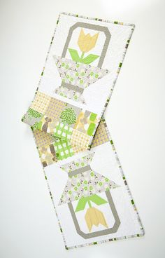 "Tulip Tablerunner... by Lori Holt. Comes in kit form out of her new line ""Millie's Closet"". ♥"