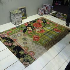 Miho Unexpected Things - Carpet
