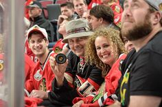 Billy Corgan, singer of The Smashing Pumpkins, cheers on the #Blackhawks at Game Six of the Western Conference Finals.