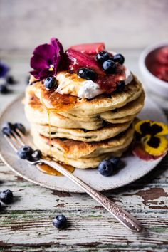 Treating the family to these scrumptious blueberry almond pancakes.