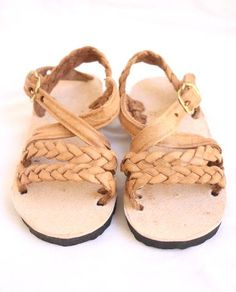 29ec1f9d3d49 Leather Sandal-Trenza Shoes For Little Girls