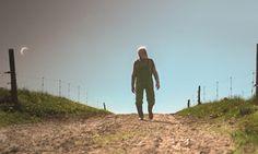 Holistisch biologisch boeren in Denemakren is niet zo eenvoudig. Bekijk de documentaire Good Things Await op NPO Spirit! http://www.spirit24.nl/#!player/info/program:50151971/newest