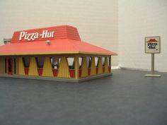 A small Pizza Hut?