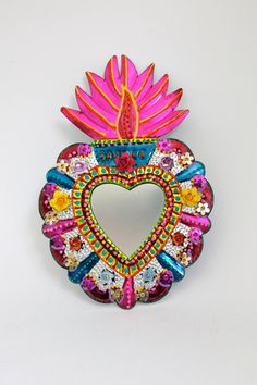Sacred heart tin metal mirror / mexican folk art / bright colorful mixed me Mexican Crafts, Mexican Folk Art, Mexican Style, Mexican Artwork, Colour Paper Flowers, Heart Mirror, Mexico Art, Tin Art, Deco Boheme