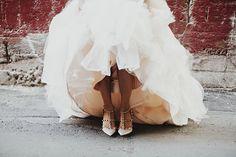 Downtown LA Carondelet house wedding | Photo by Logan Cole | Read more - http://www.100layercake.com/blog/?p=83162
