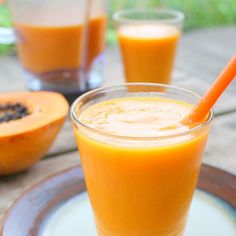 Papaya Coconut Water Smoothie That Has Anti-Inflammatory, Cancer-Fighting Powerpictplusminus