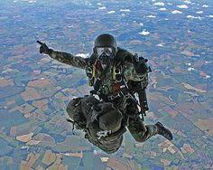 Resultado de imagem para military freefall HALO