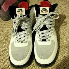Nike Lunar Force Worn maybe 3 times, excellent condition Nike Shoes Sneakers