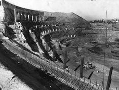 Dodger Stadium construction