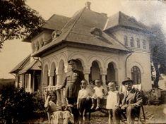 """Conacul Chiroiu din Condeești - Conacul este singura construcție nedistrusă dintr-un ansamblu gospodăresc construit în anii 1920 de către familia Chiroiu, o familie din zonă proaspăt înstărită la acea vreme (în niște circumstanțe controversate). Ansamblul a fost """"naționalizat"""" de comuniști și transformat în sediul C.A.P-ului zonal."""