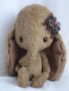 """PDF file for Sewing Pattern for 5 inch Elephant """"Lisa"""" - Nadelfilzen Ideen Sewing Stuffed Animals, Cute Stuffed Animals, Stuffed Toys, Elephant Love, Little Elephant, Lisa Design, Baby Set, Little Doll, Handmade Toys"""